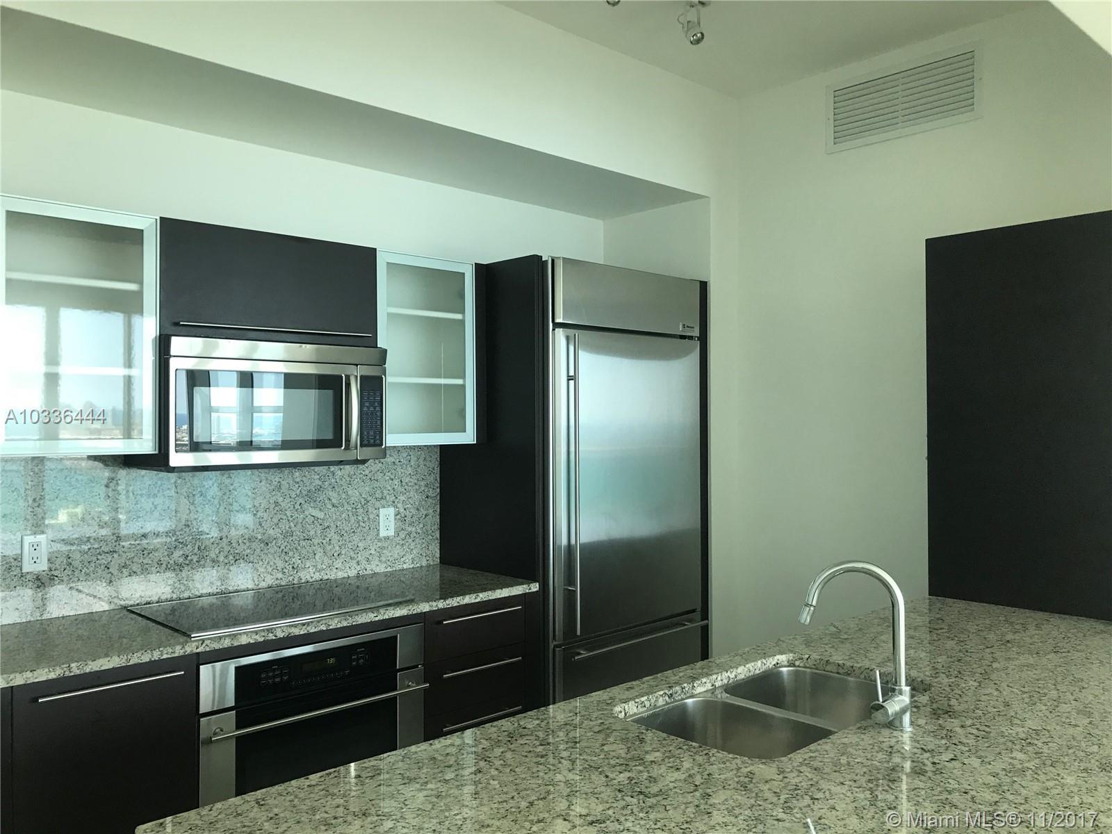 950 Brickell Bay Dr #4710, Miami FL, 33131