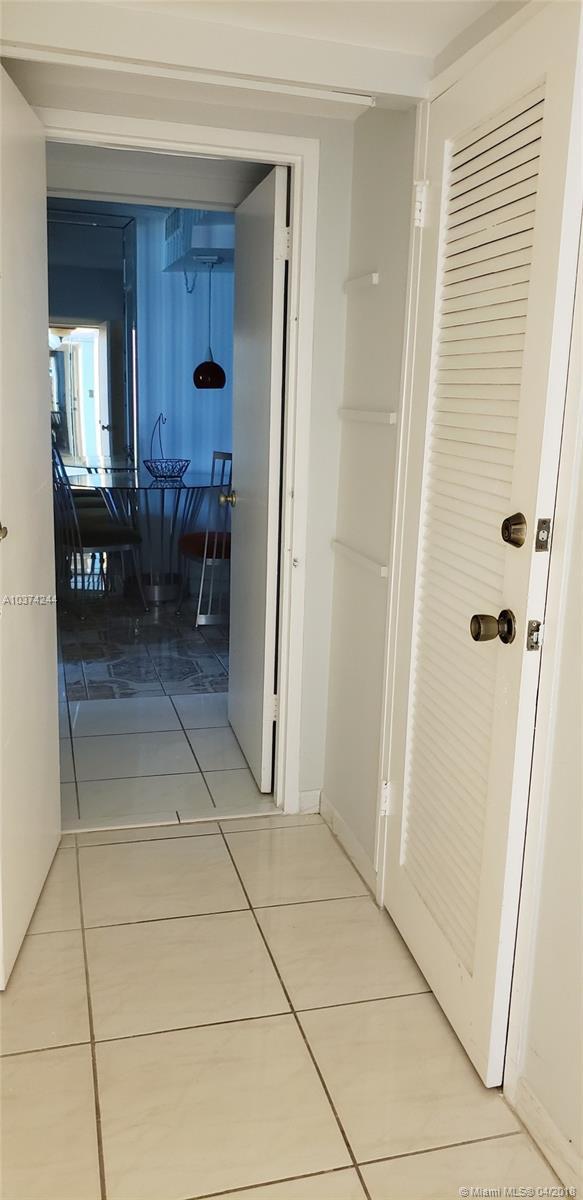 5401 Collins Ave #919, Miami Beach FL, 33140