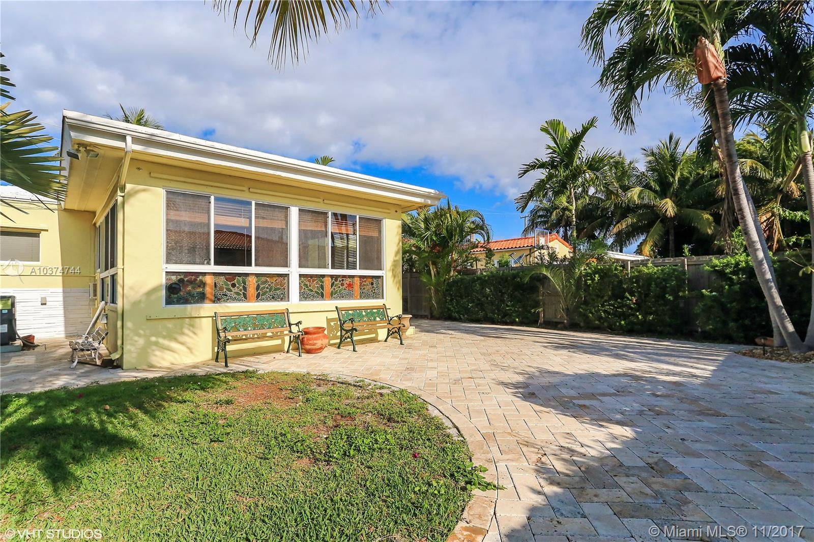 9157 Dickens Av, Surfside , FL 33154