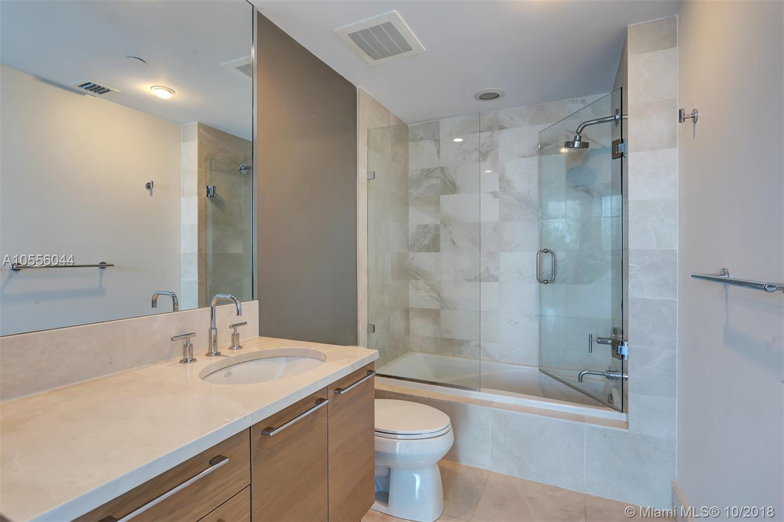 17001 Collins ave-4505 sunny-isles-beach-fl-33160-a10556044-Pic18