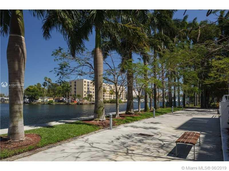 1861 Nw South River Dr #PH-08, Miami FL, 33125