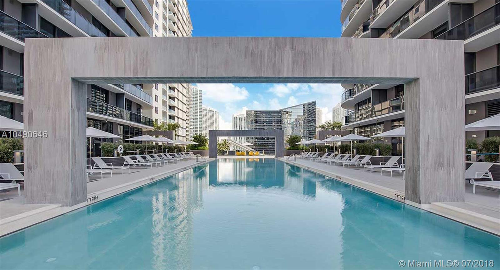 55 Sw 9th St #2704, Miami FL, 33130