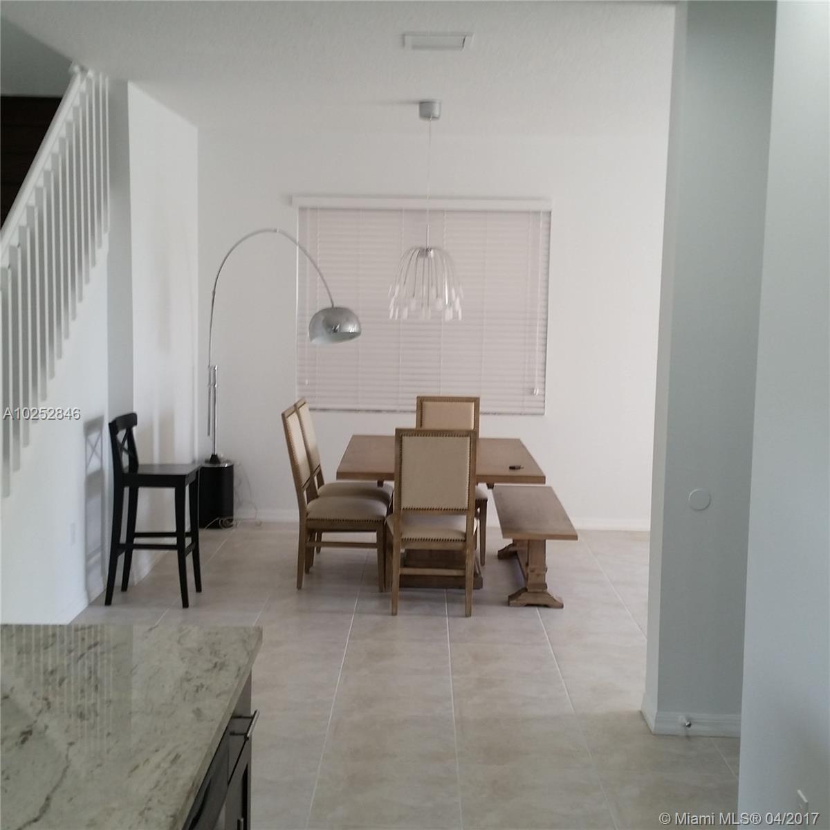 933 NE 193rd Ter, Miami , FL 33179