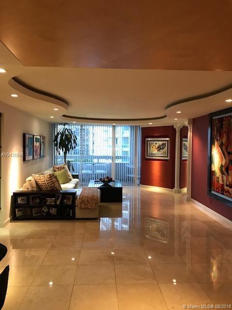 1627 Brickell Ave #905, Miami FL, 33129