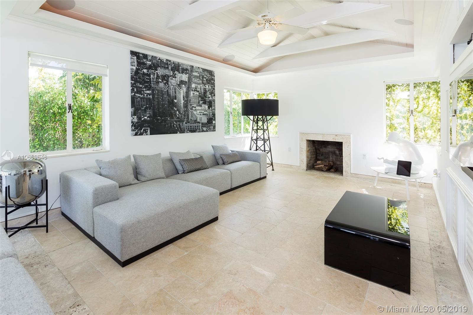 2581 Lake ave-0 miami-beach-fl-33140-a10669646-Pic10