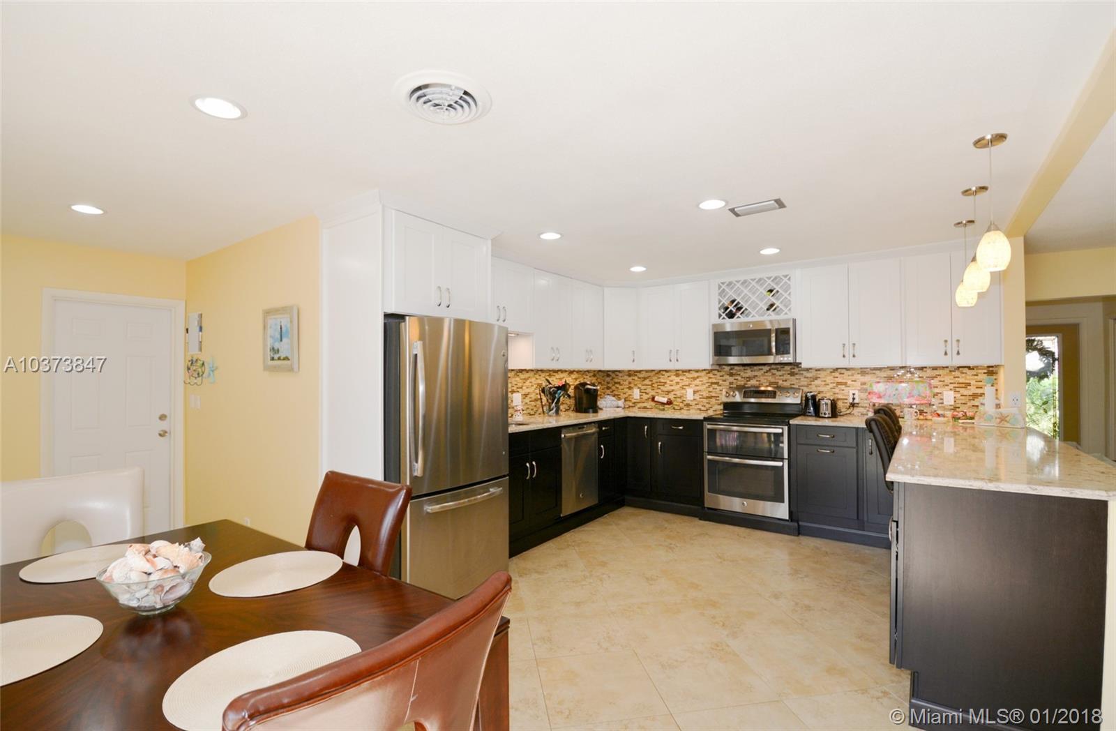3208 Robbins Rd, Pompano Beach , FL 33062