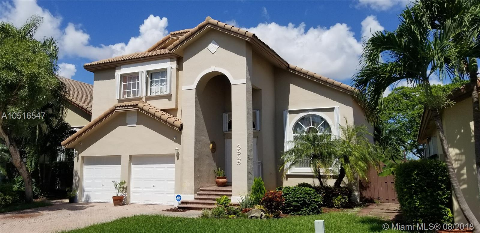 2925 Nw 97th Ct, Doral FL, 33172