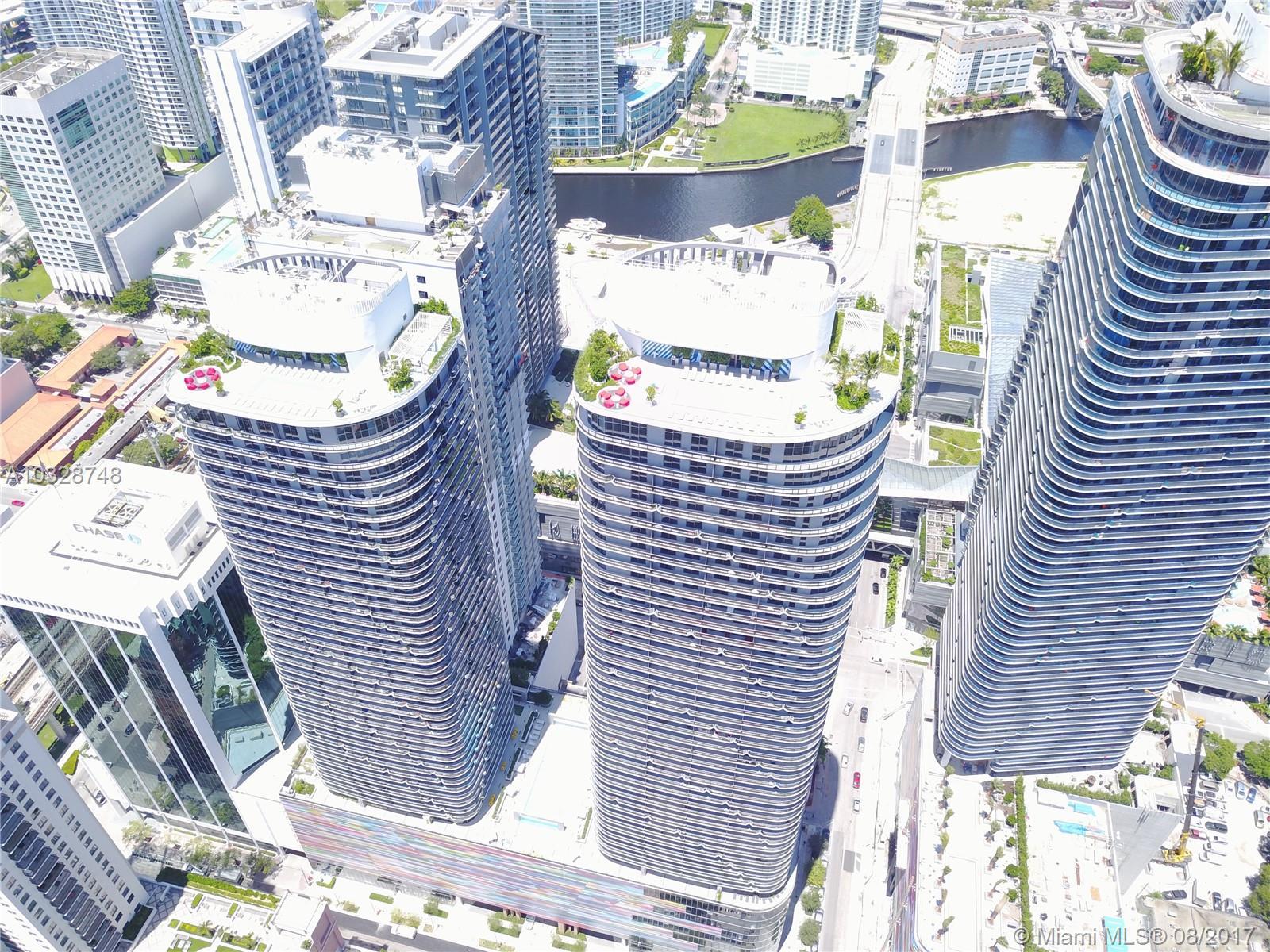 45 SW 9TH ST # 3805, Miami , FL 33131