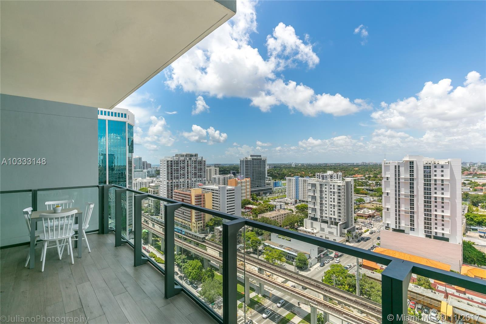 88 SW 7 # 1708, Miami , FL 33131