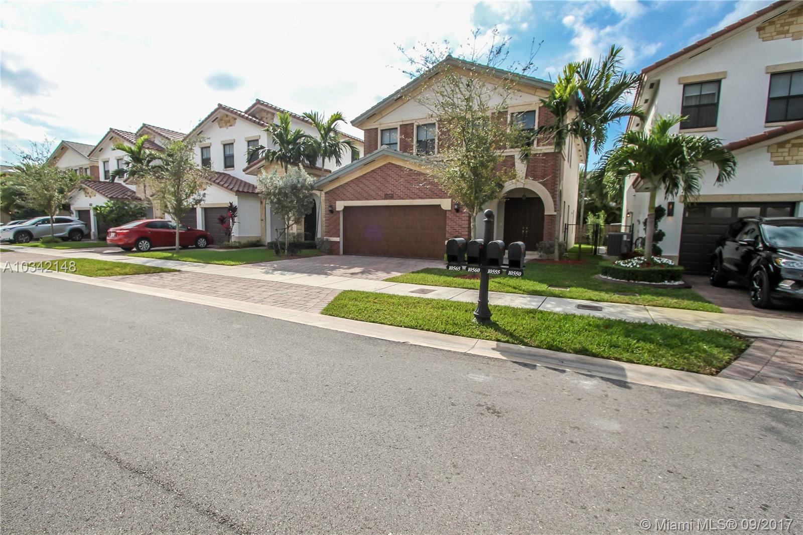 10550 Nw 69th Ter, Doral FL, 33178