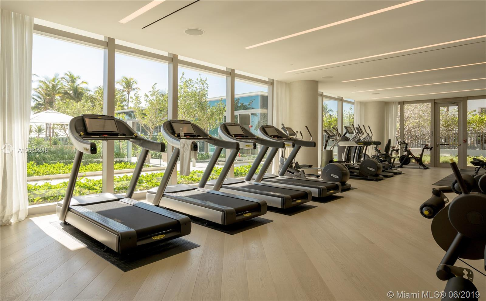 10203 Collins ave-PH01N bal-harbour-fl-33154-a10689248-Pic08