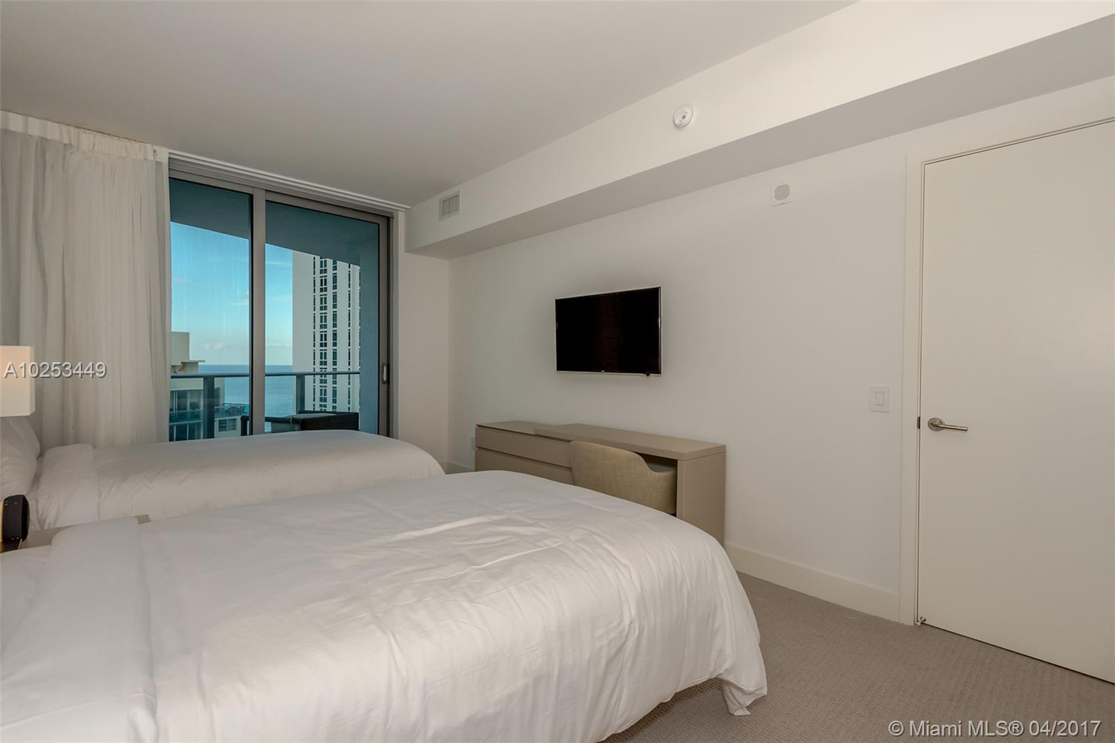 4111 S Ocean Dr #1204, Hollywood FL, 33019
