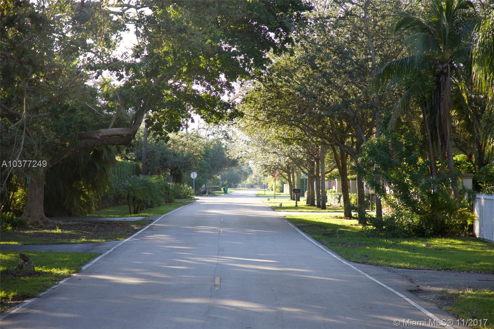 8515 SW 116th St, Miami , FL 33156