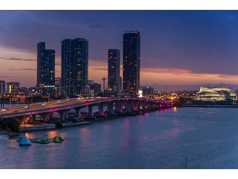 1000 VENETIAN WY # 1012, Miami Beach, FL 33139