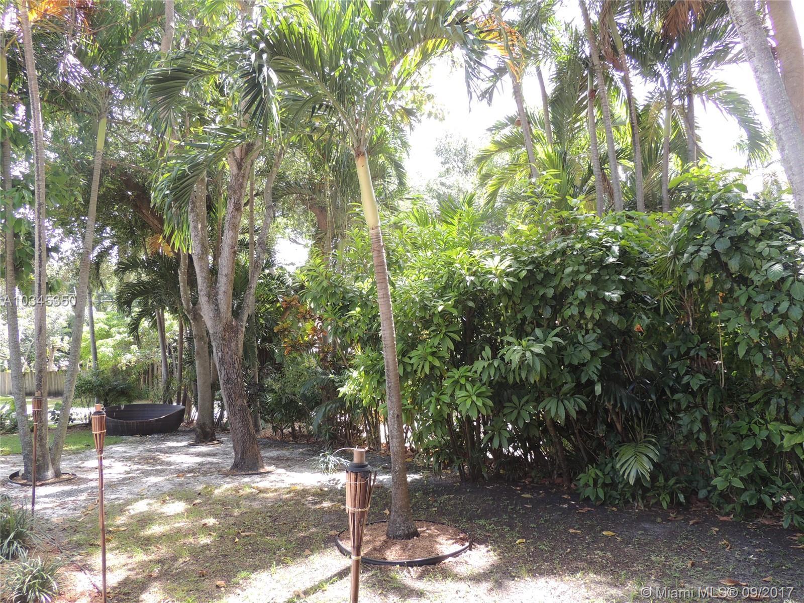 461 NE 119th St, Biscayne Park , FL 33161
