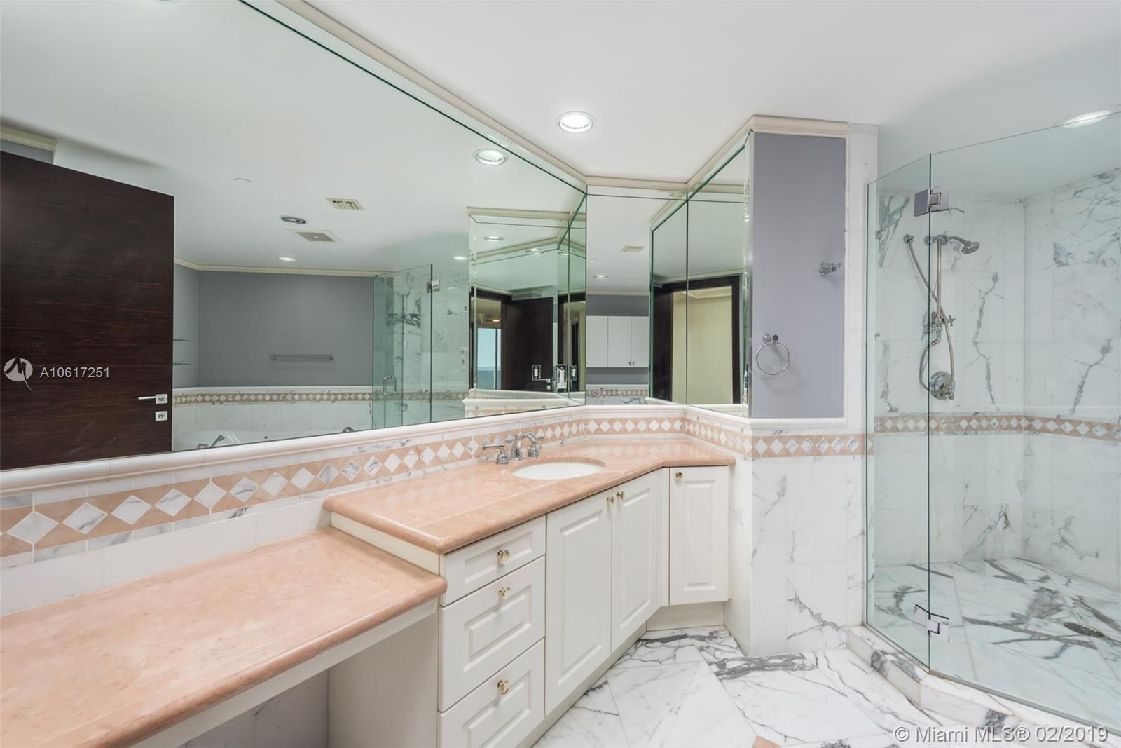 10225 Collins ave-1202 bal-harbour-fl-33154-a10617251-Pic21