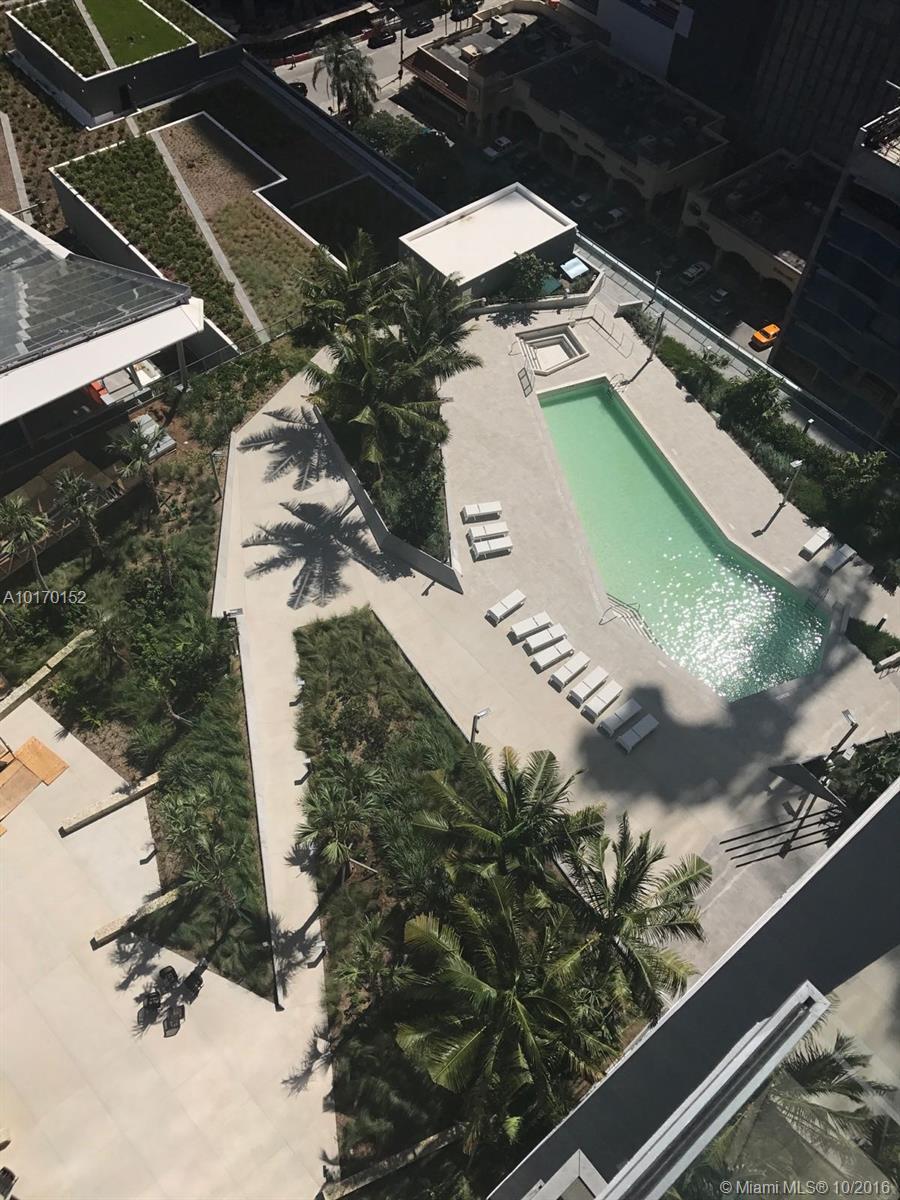 88 Sw 7 St #2007, Miami FL, 33130