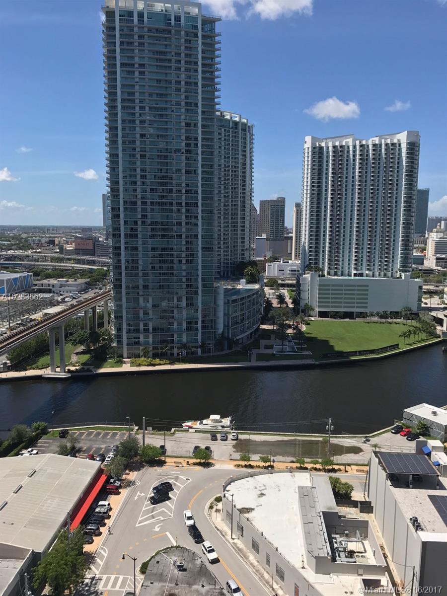 88 Sw 7 St #1612, Miami FL, 33131