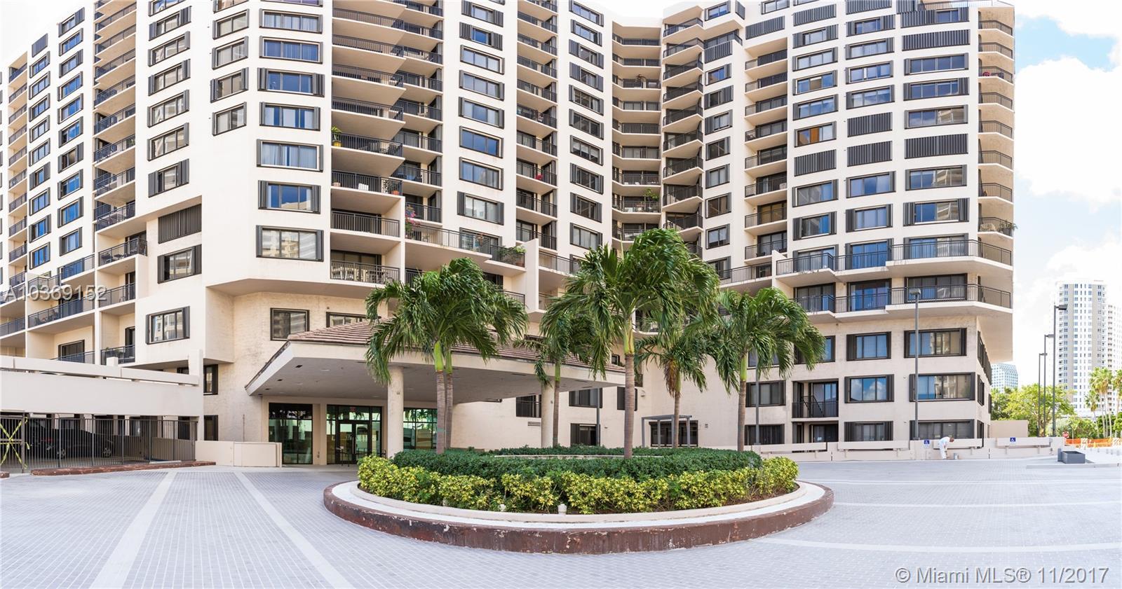 540 E Brickell Key Dr #1805, Miami FL, 33131