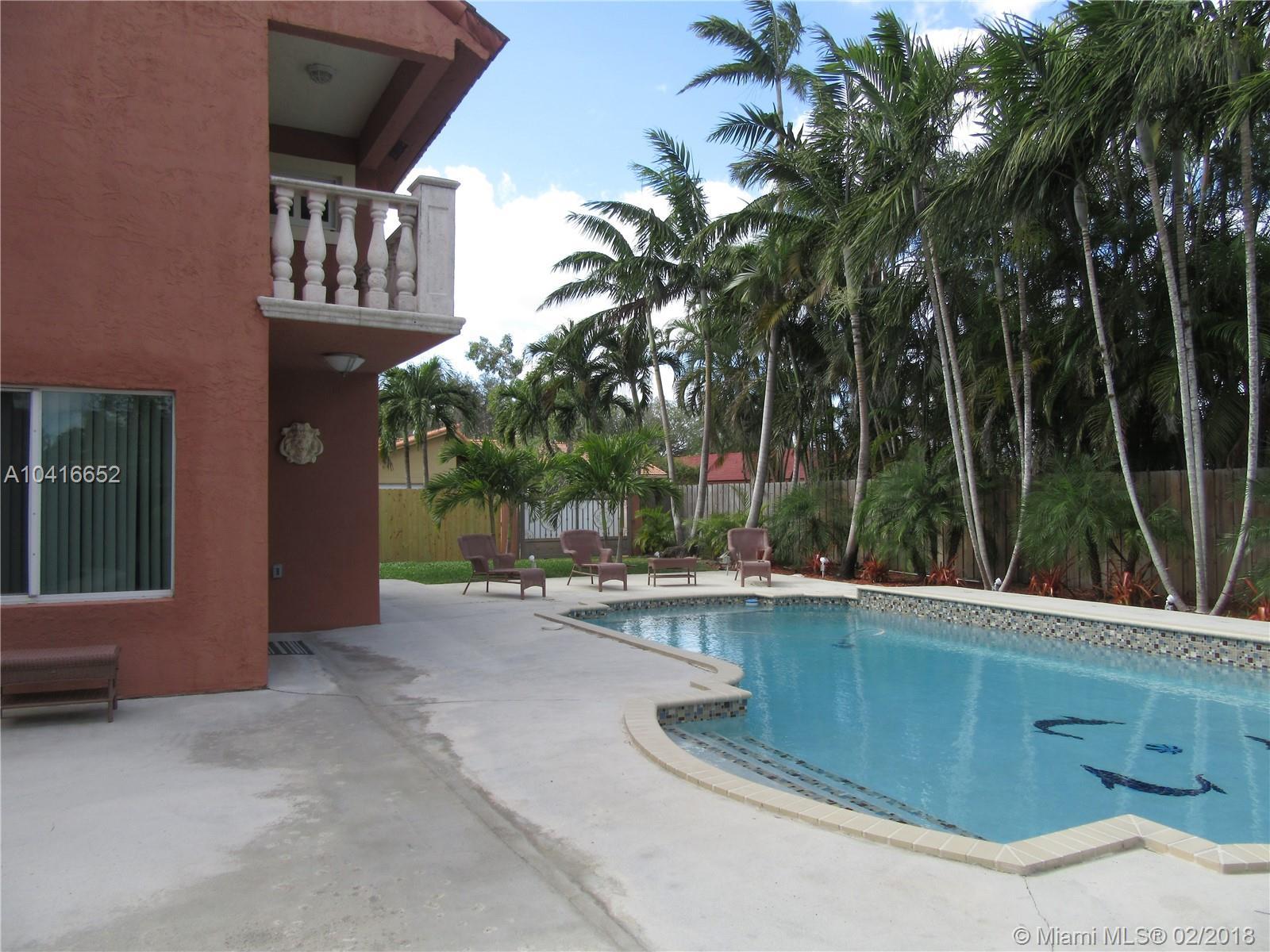 9995 Sw 31st Ter, Miami FL, 33165