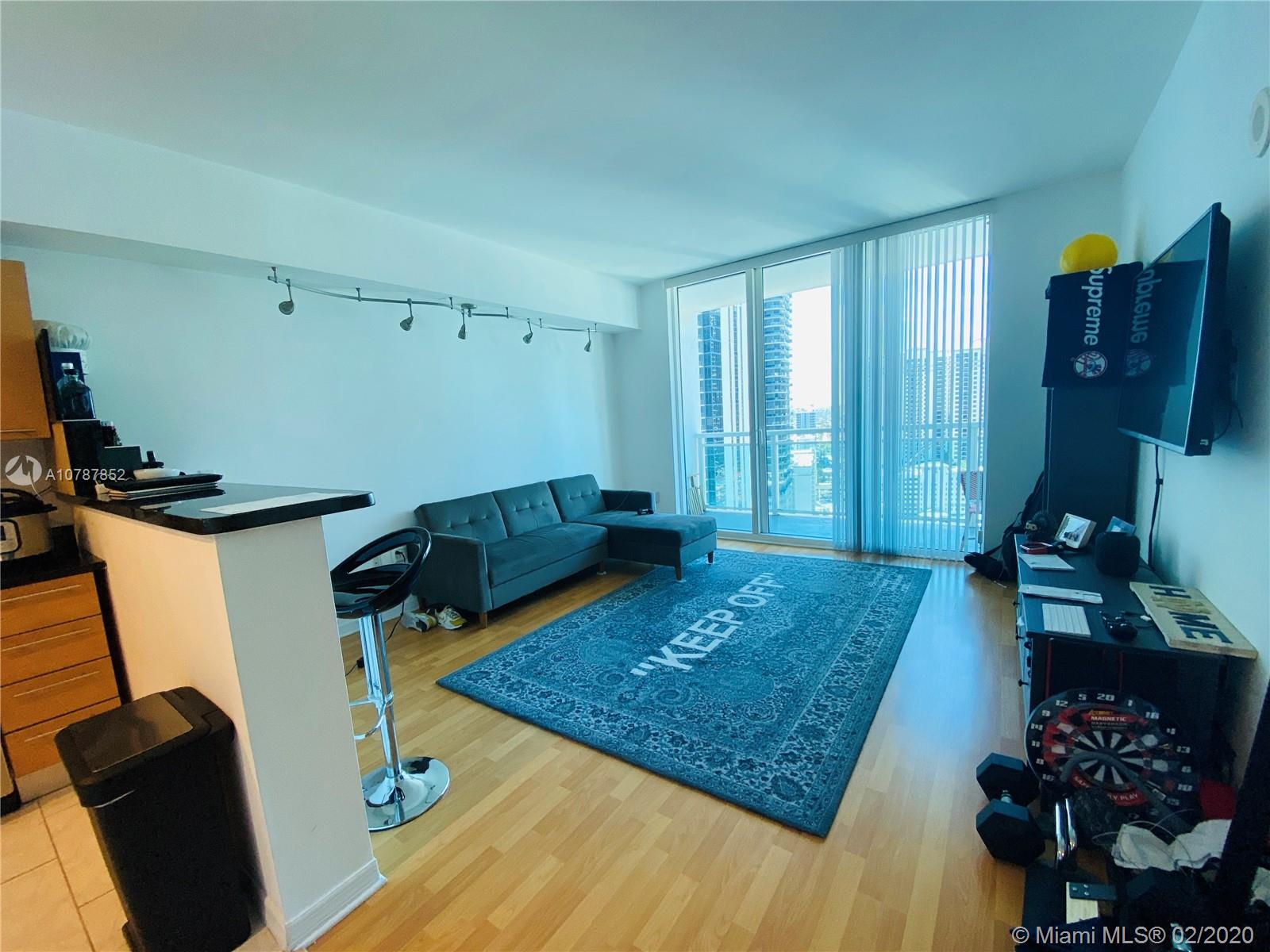 951 Brickell Ave #2709