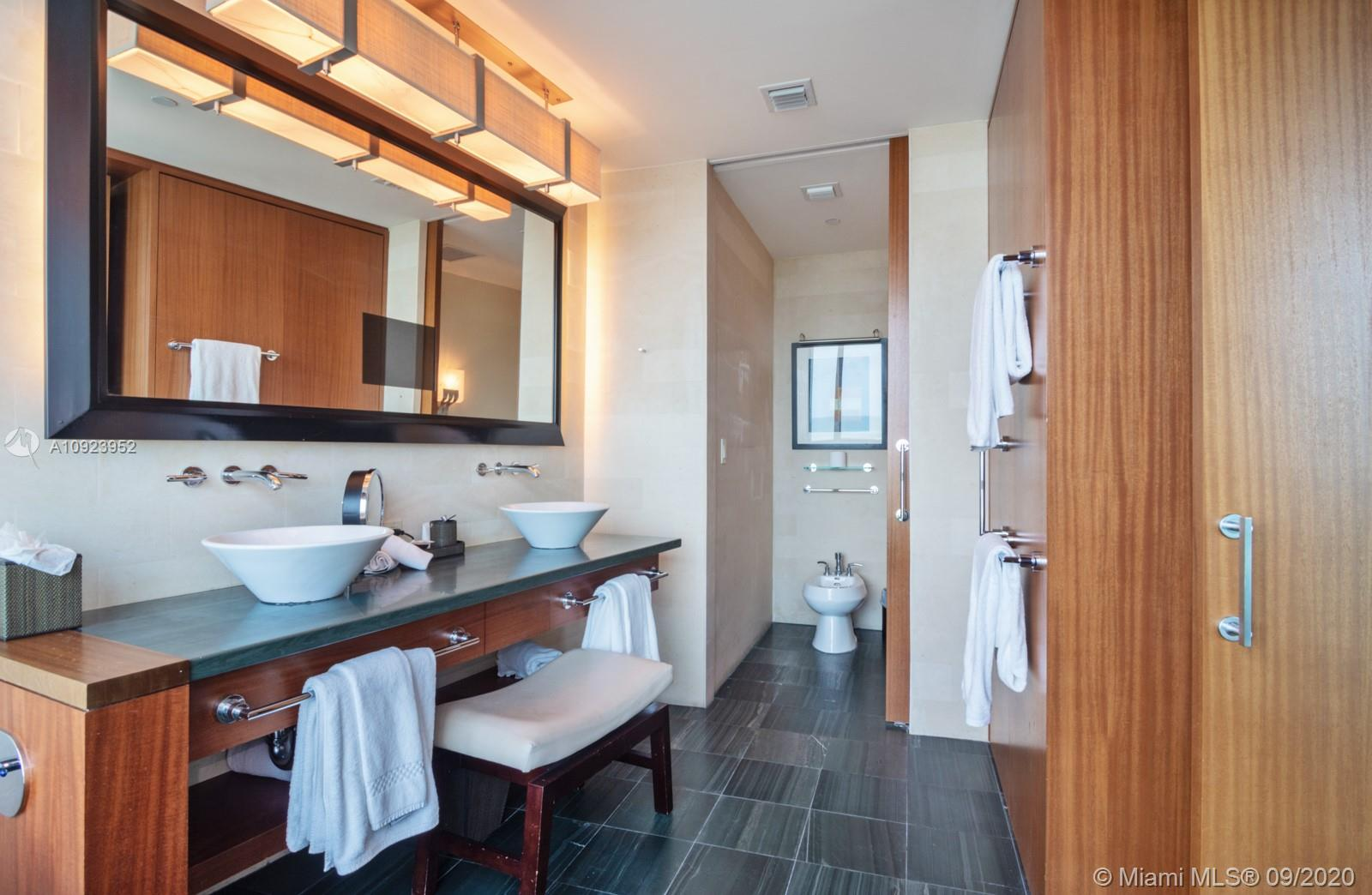 10295 Collins ave-816 & 817 bal-harbour-fl-33154-a10923952-Pic26