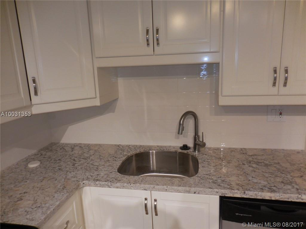 3725 Ocean dr-817 hollywood--fl-33019-a10031353-Pic03