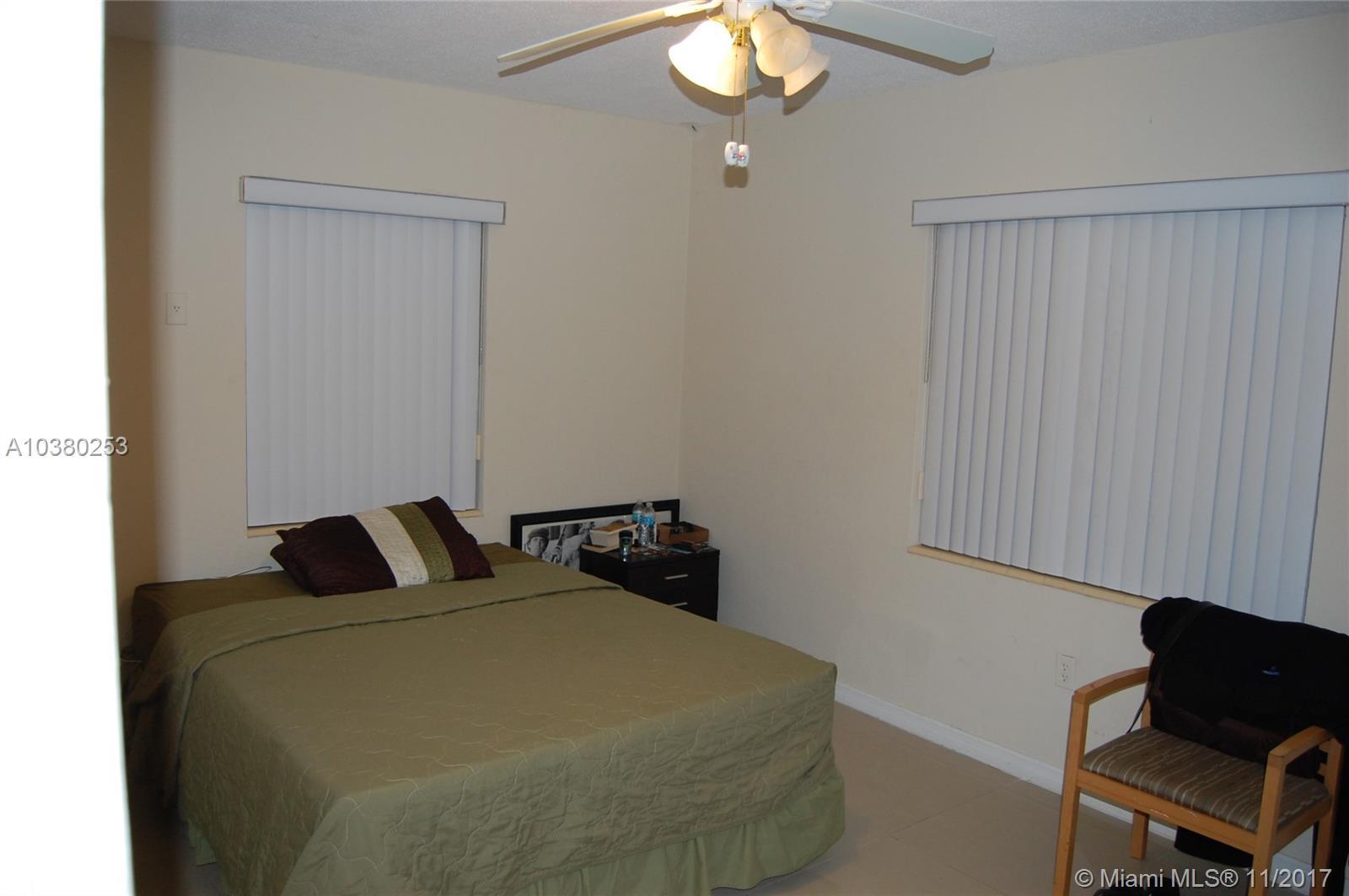 7821 Dickens Ave, Miami Beach , FL 33141