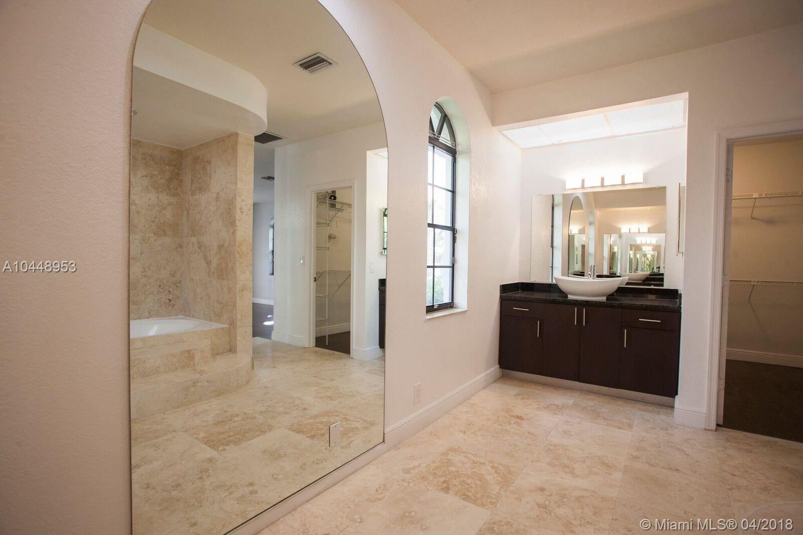 10412 Nw 6 Ct, Coral Springs FL, 33071
