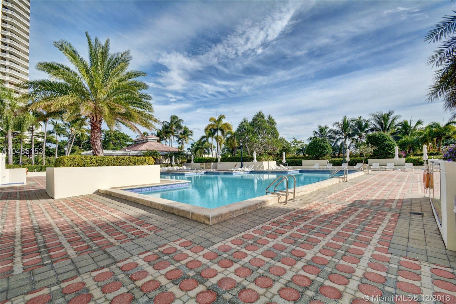 1000 E Island Blvd #201, Aventura, FL 33160