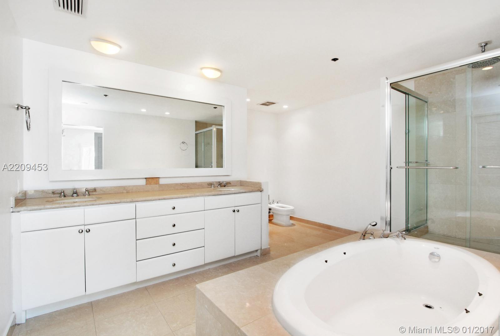 2422 Fisher island dr-5202A fisher-island--fl-33109-a2209453-Pic07