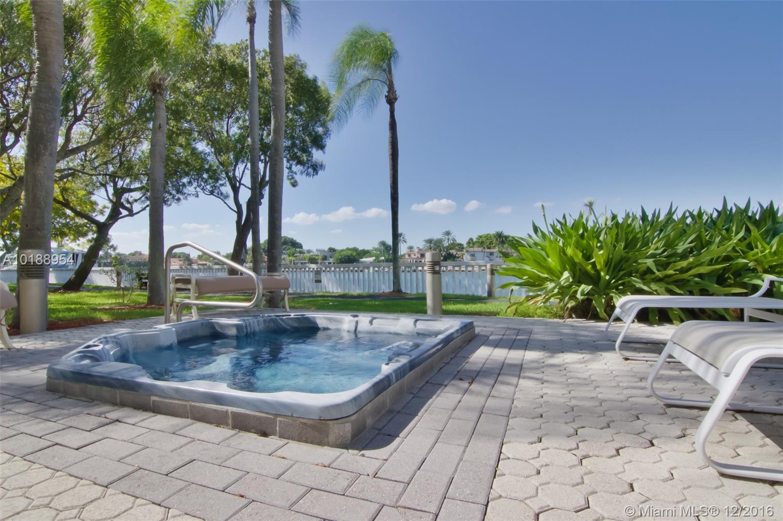 5500 Collins Av #2003, Miami Beach FL, 33140
