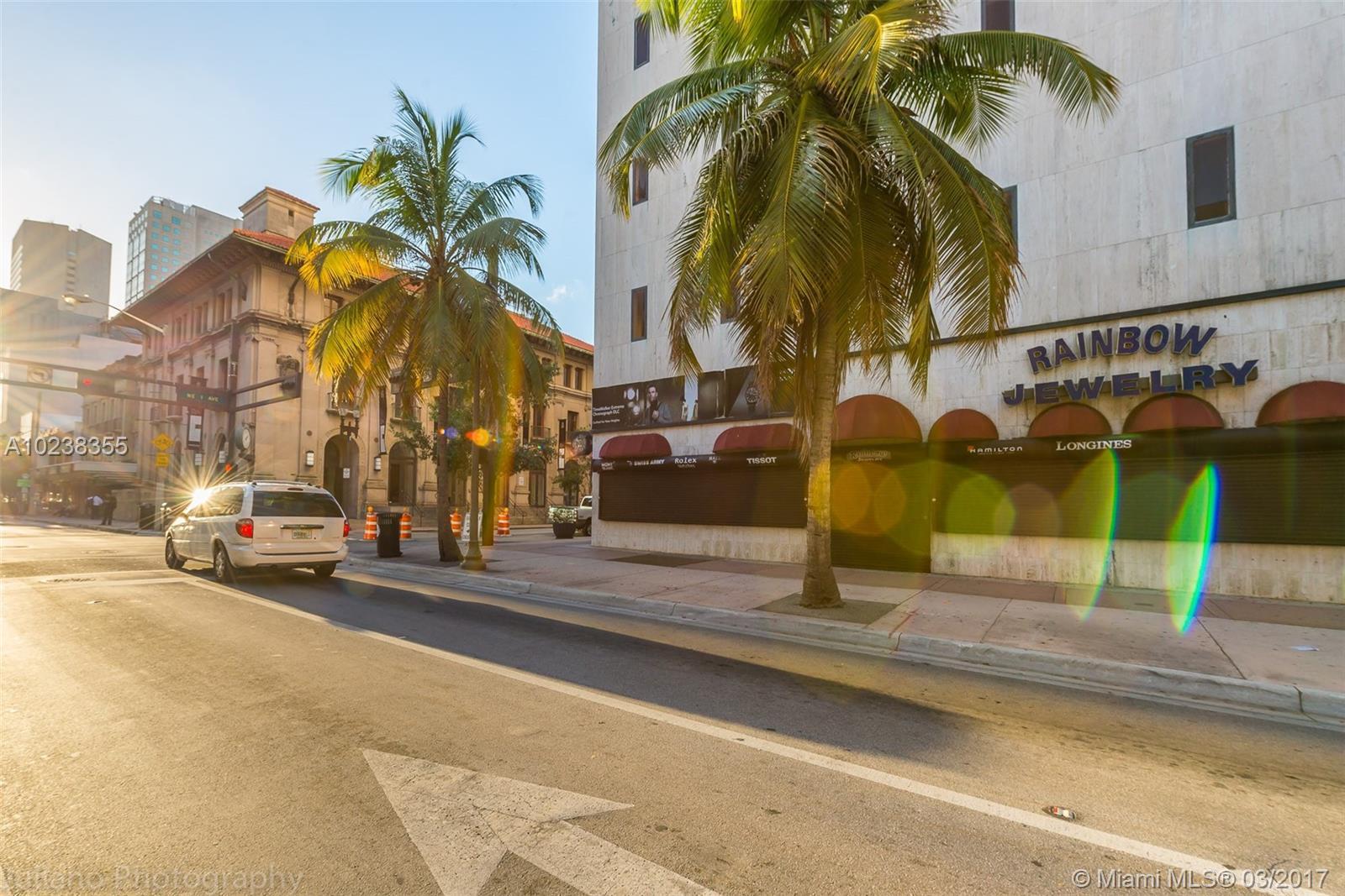 111 NE 1st St # 6, Miami, FL 33132