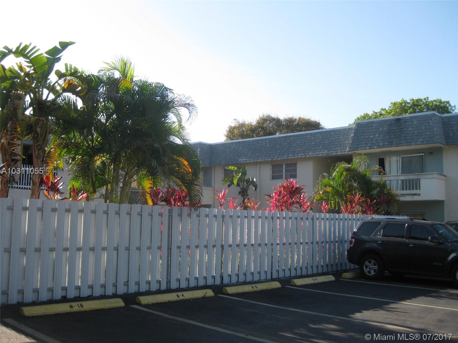 9360 SW 87th Ave # N7, Miami, FL 33176