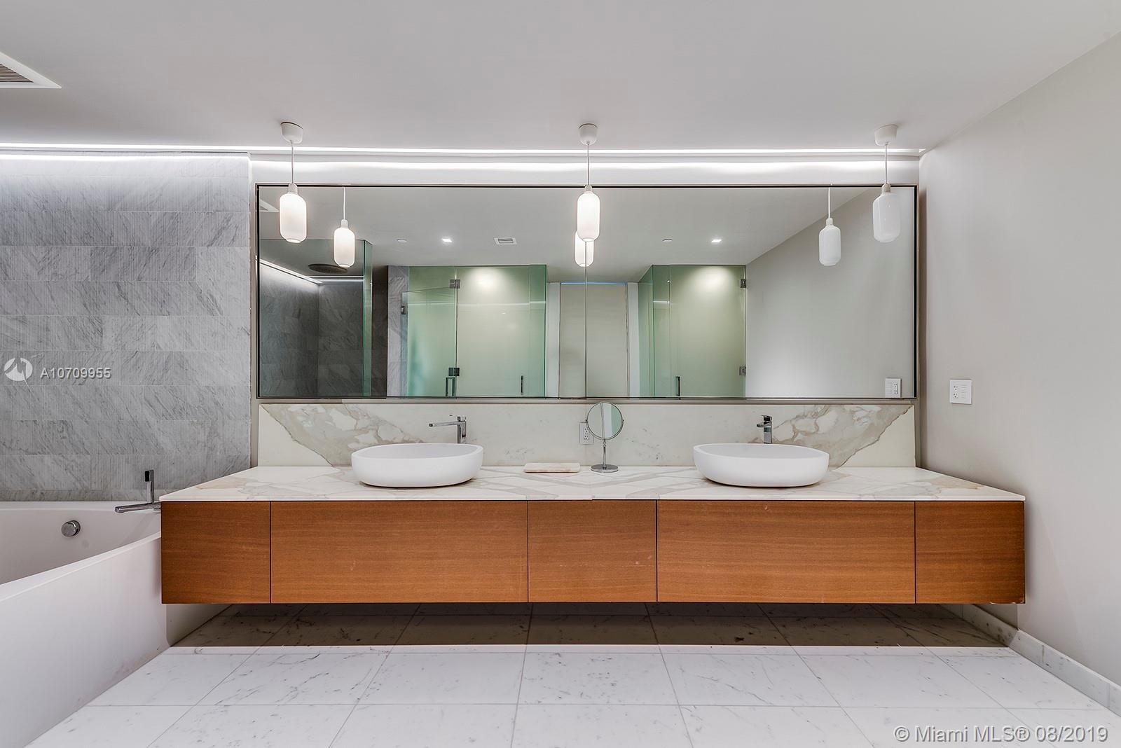 10203 Collins ave-701 bal-harbour-fl-33154-a10709955-Pic26