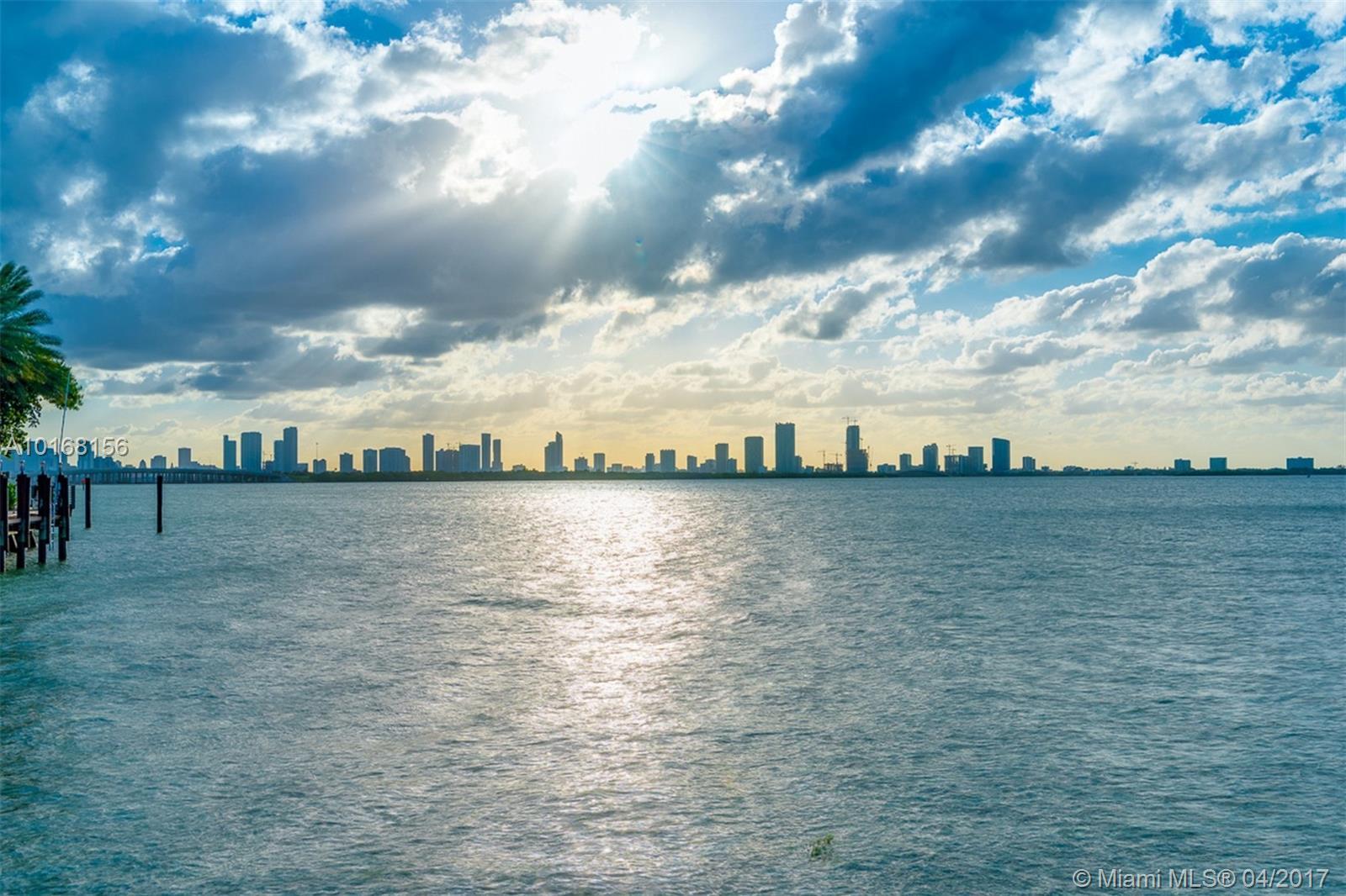 4412 Bay rd- miami-beach-fl-33140-a10168156-Pic01