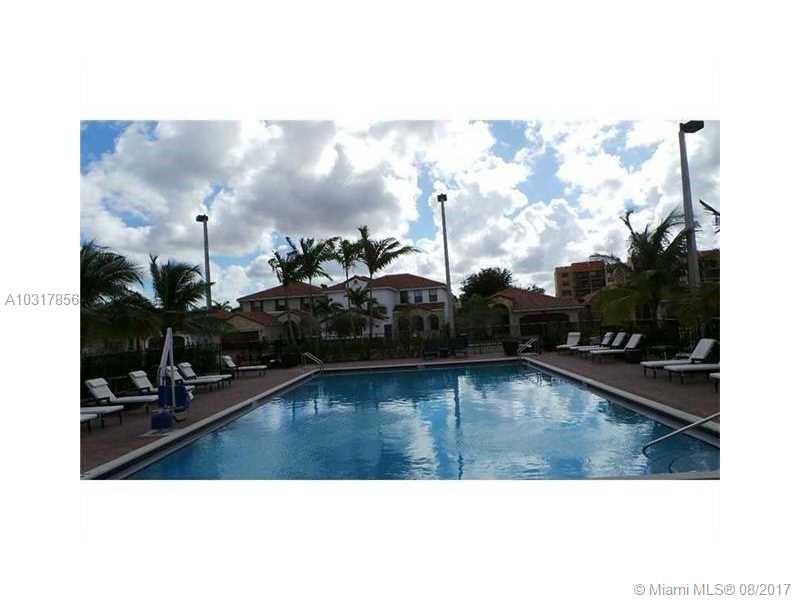 9746 NW 10th St, Miami , FL 33172