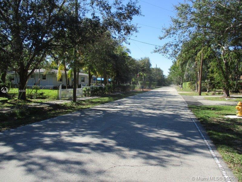 8305 SW 116 St, Miami , FL 33156