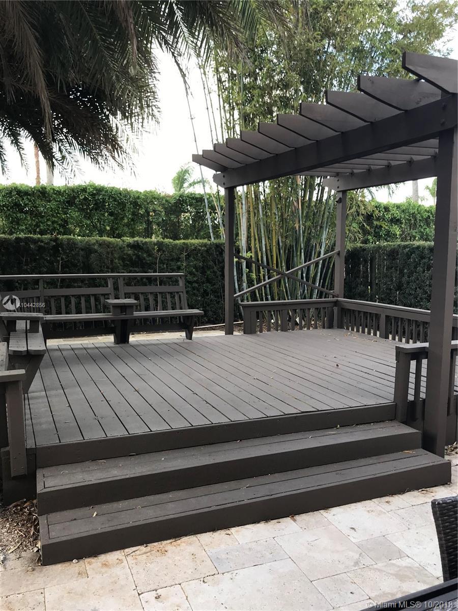 10940 Nw 58th Terrace, Doral FL, 33178