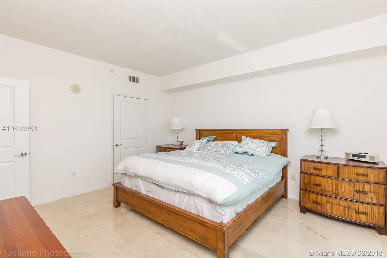 7900 Harbor island dr-1126 north-bay-village-fl-33141-a10533856-Pic14