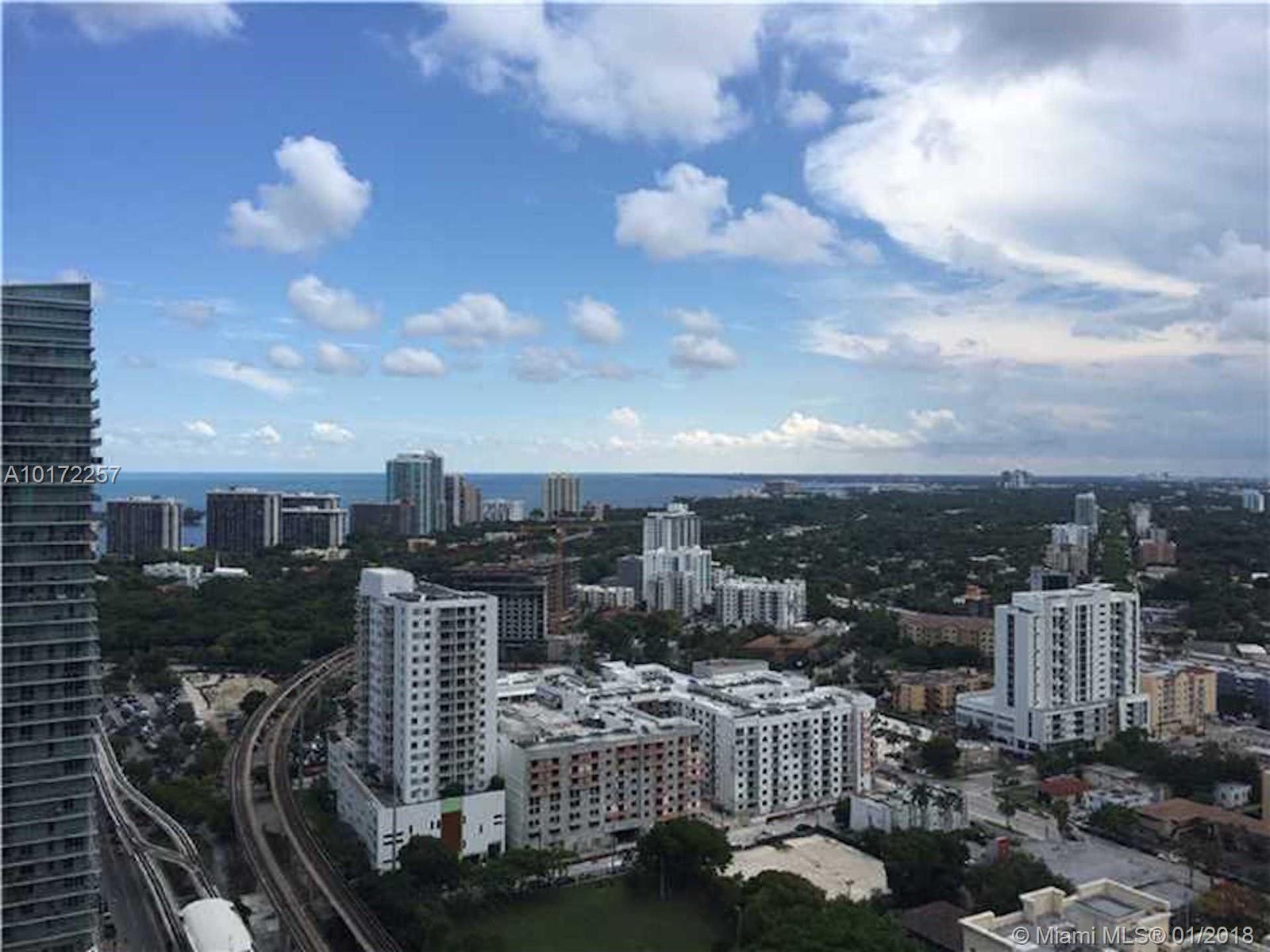 999 Sw 1 Av #3204, Miami FL, 33130