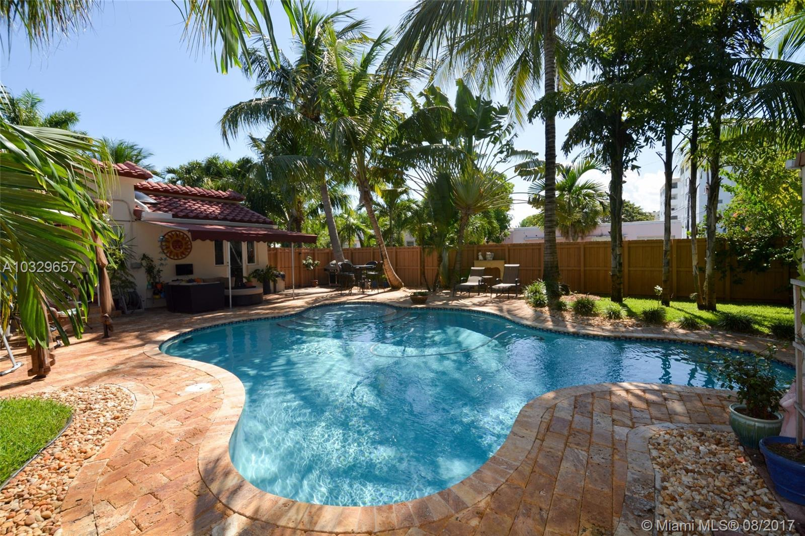 719 S 17th Ave, Hollywood , FL 33020