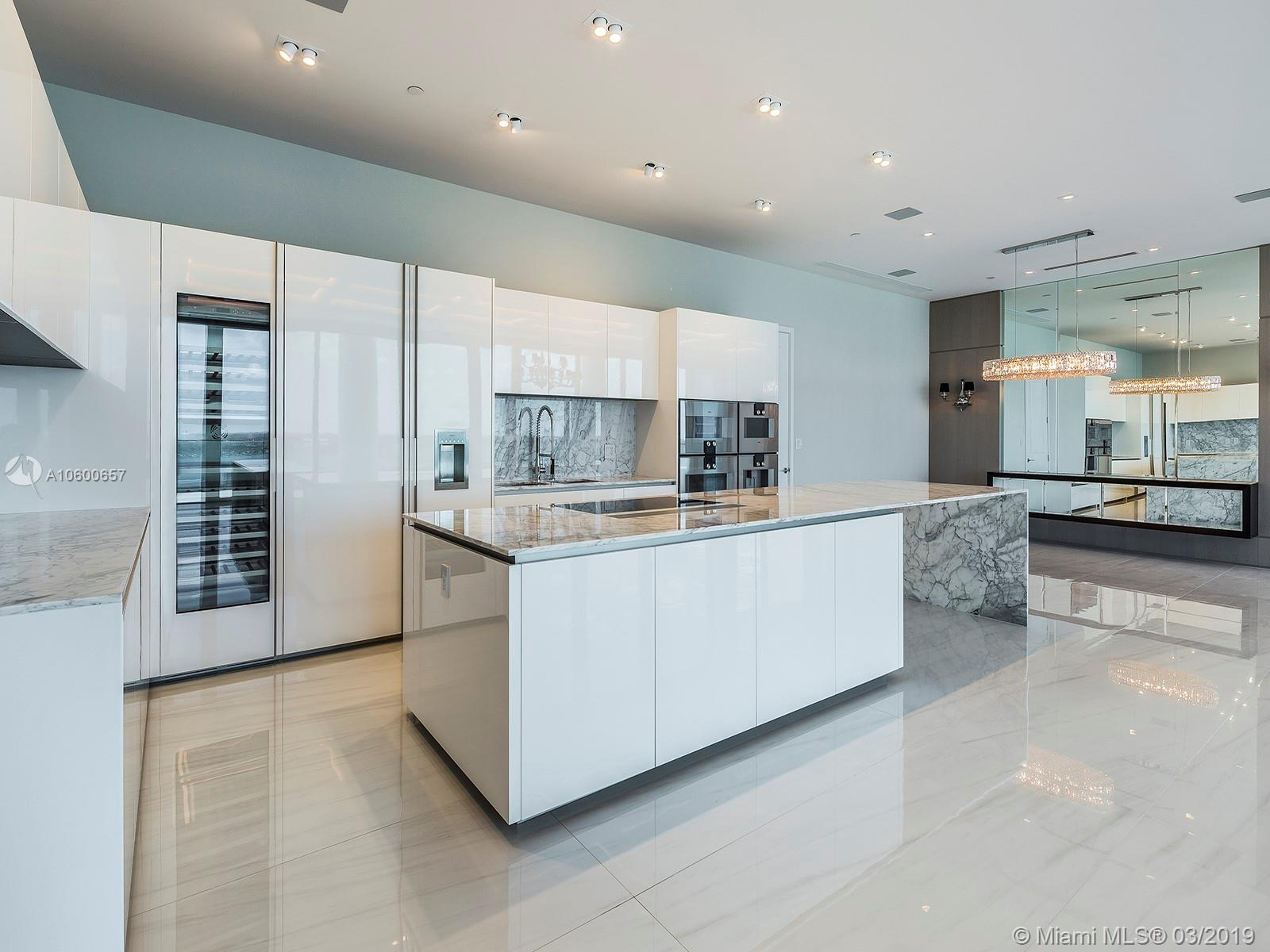 10201 Collins Ave #2803 UPHW, Bal Harbour, FL 33154