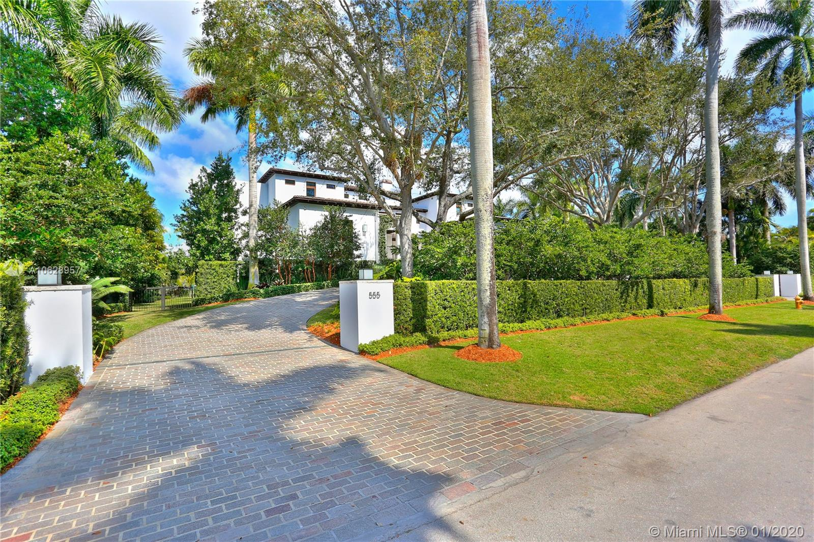 555 Arvida pkwy- coral-gables-fl-33156-a10628957-Pic04