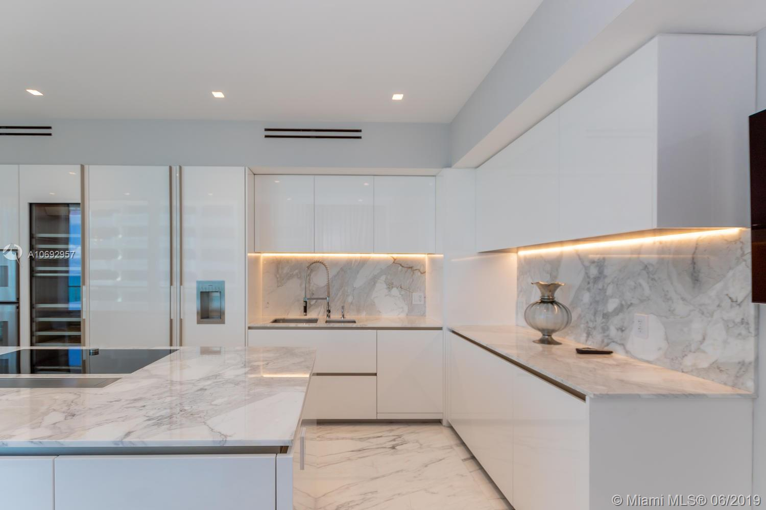 10203 Collins ave-1201 bal-harbour-fl-33154-a10692957-Pic31
