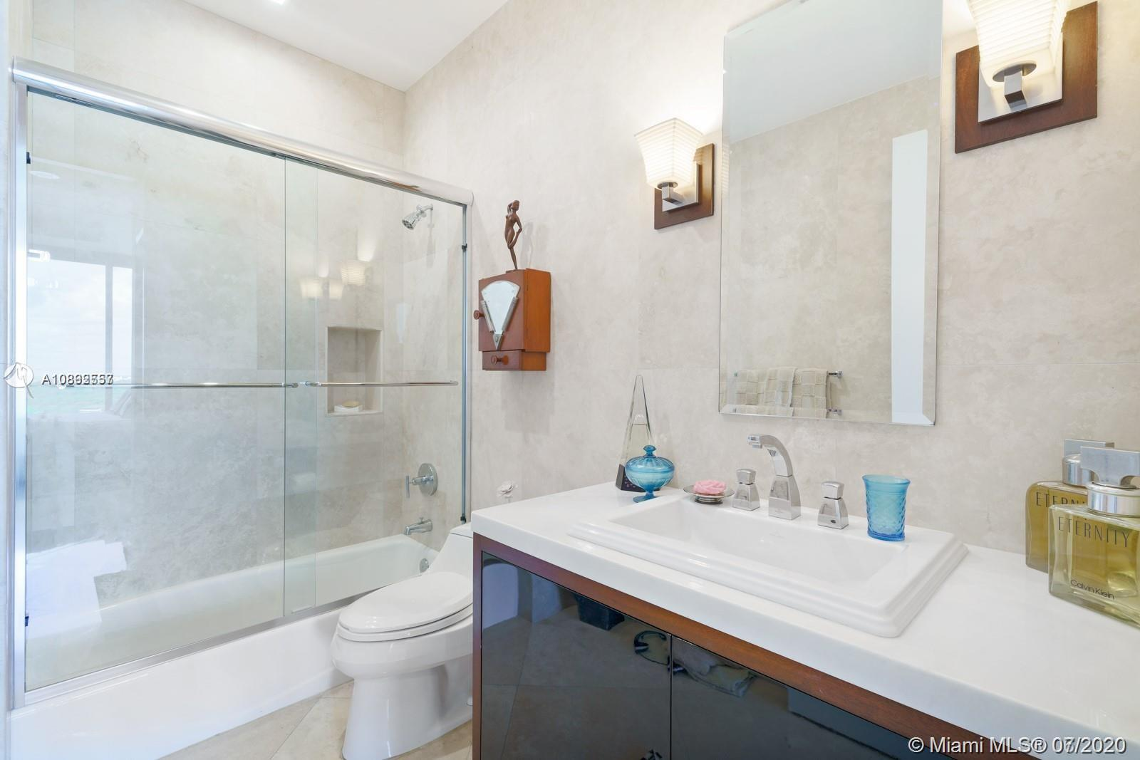 60 Edgewater dr-PH1F coral-gables-fl-33133-a10892557-Pic21