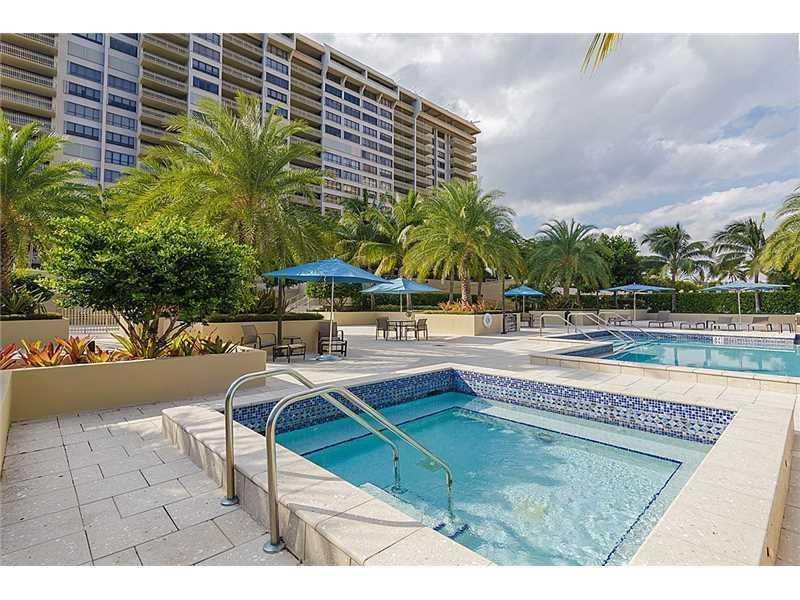 2 GROVE ISLE DR # B407, Miami, FL 33133