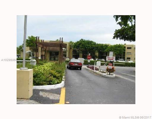 8025 SW 107 AV # 312, Miami, FL 33173
