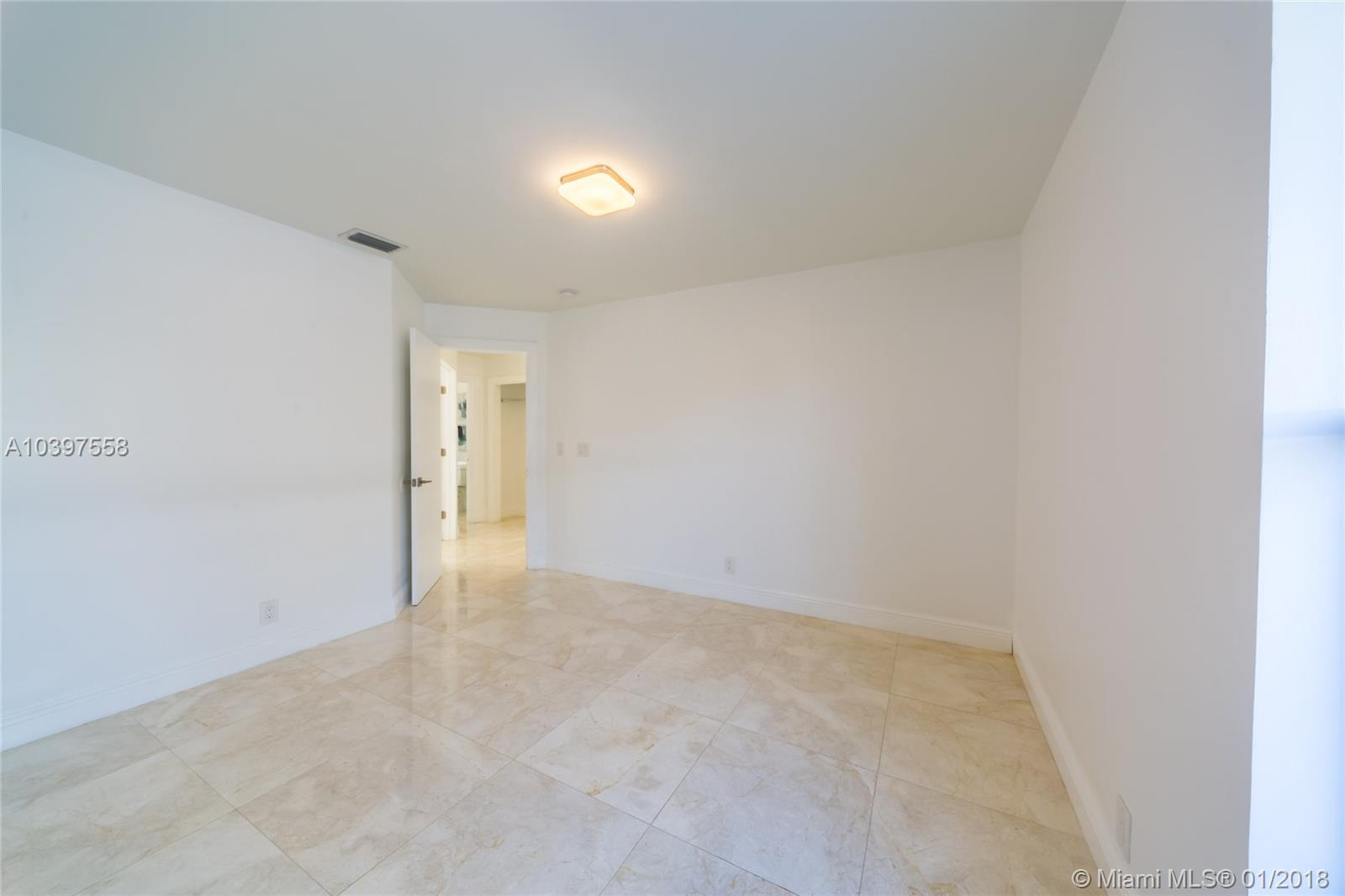 7798 Nw 55th Pl, Coral Springs FL, 33067