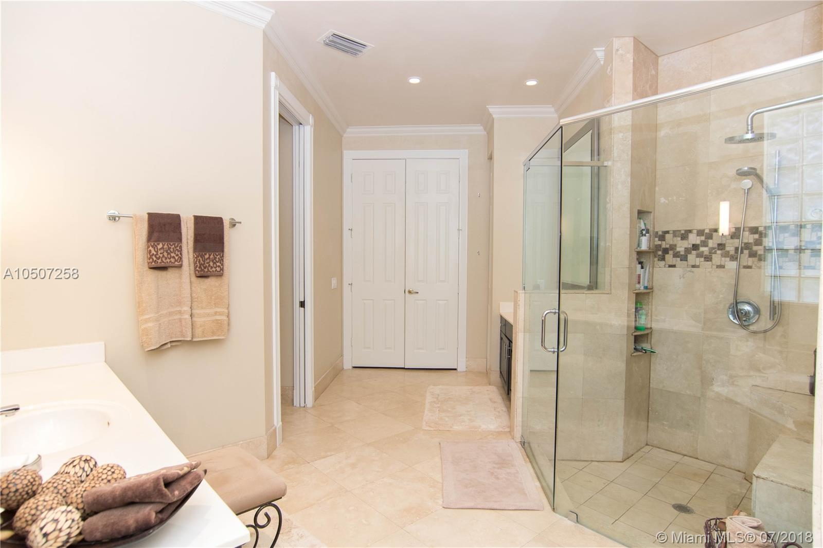 447 Nw 118th Way, Coral Springs FL, 33071